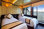 Twin cabin on Syrena Cruises Halong Bay, Vietnam