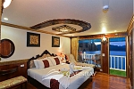 Suite cabin on Oasis Bay Cruises Halong Bay
